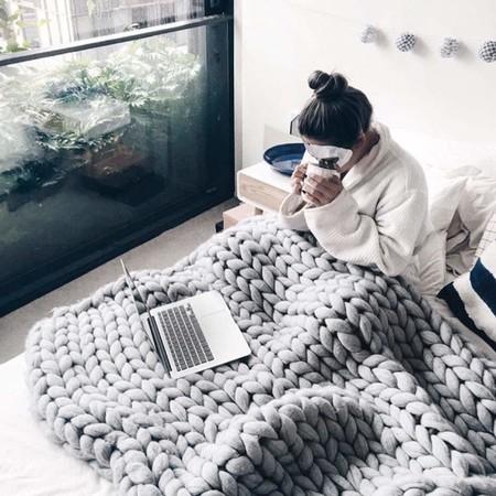 Ropa de cama de invierno, sábanas, mantas y edredones para dormir bien y descansar sin pasar frío