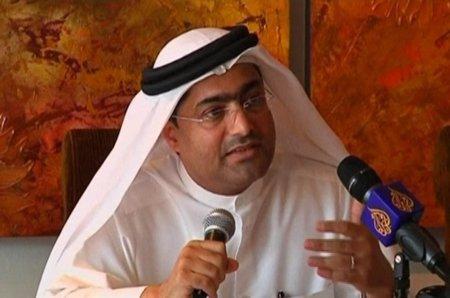 Emiratos Árabes Unidos condena a tres años de cárcel al bloguero y activista Ahmed Mansour
