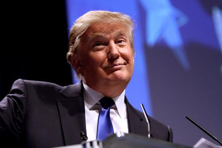 ¿Cómo puede un desastre como Donald Trump liderar la encuestas republicanas?