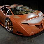Este coche es de madera y no es de juguete: se conduce y tiene un motor de 650 caballos