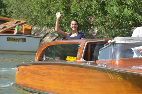No es actriz ni se dedica al cine, pero Georgina Rodríguez ha llegado al Festival de Venecia como una auténtica estrella