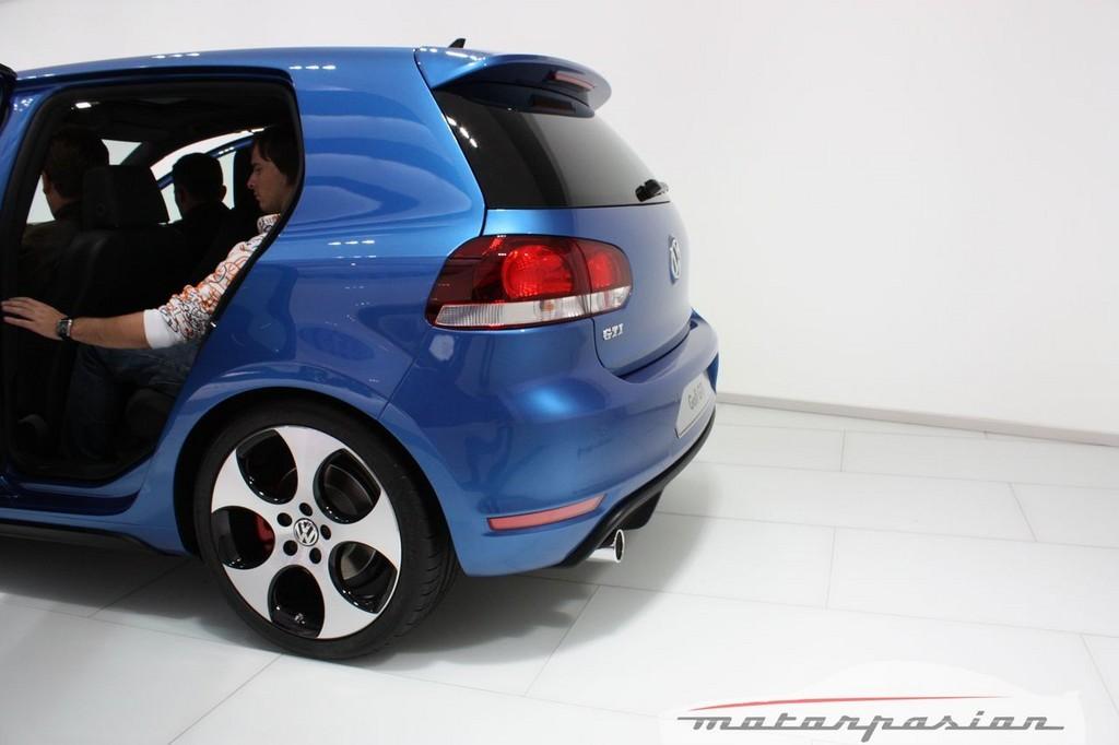 Foto de Volkswagen Golf GTi en el Salón de París (14/32)