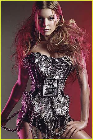 ¿Quién creó el corsé de Fergie para Viva Glam! de M.A.C.?