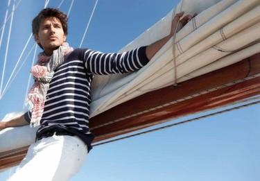 Andrés Velencoso para Dondup Primavera-Verano 2011; una campaña de lo más navy