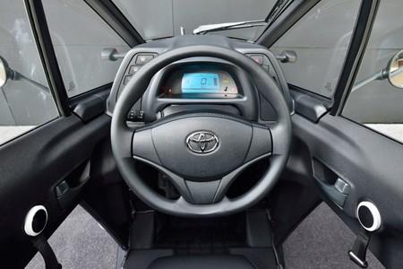Toyota I Road 02
