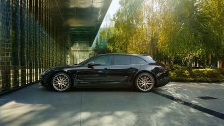 No, comprar un Porsche Panamera casi nuevo por 25.000 euros no es ningún chollo