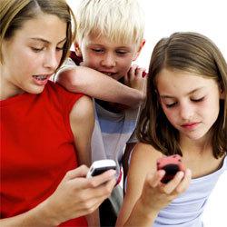 Francia prohibirá los móviles para niños