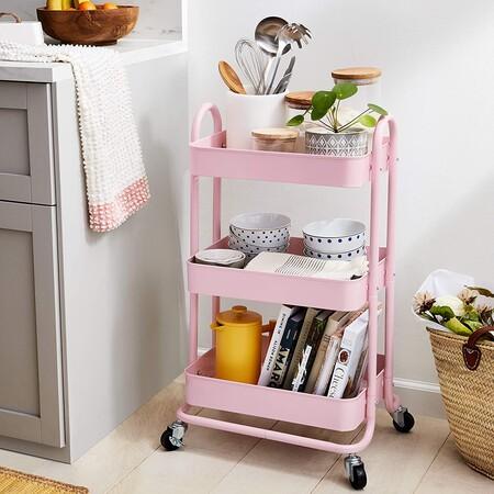 Carrito de cocina o multiuso de tres niveles con ruedas en rosa apagado