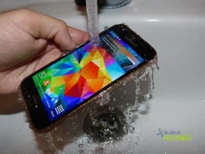 El Samsung Galaxy S6 podría no ser resistente al agua, aunque sí habrá una versión 'Active'