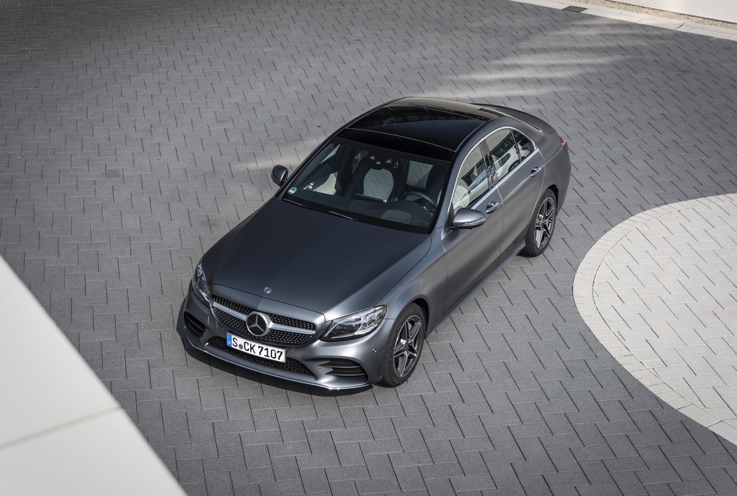 Foto de Mercedes-Benz Clase C 2018, toma de contacto (103/255)