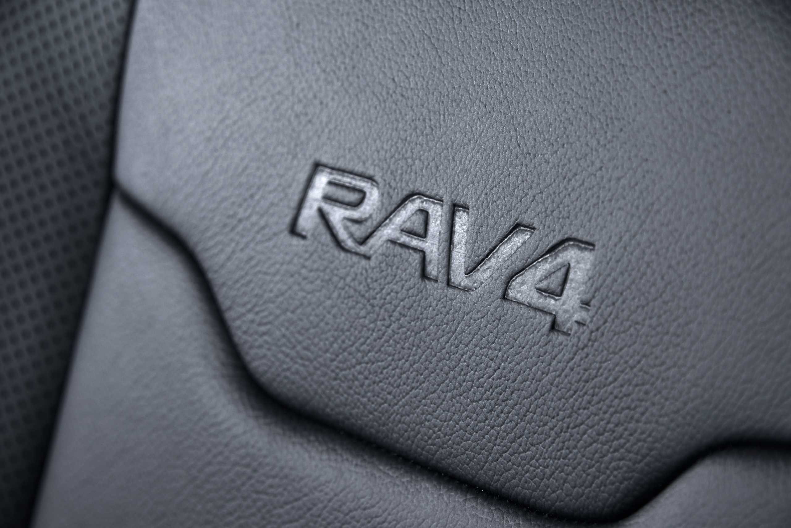 Foto de Toyota RAV4 Hybrid Sapphire (9/11)