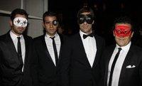 Vogue París celebra su 90 aniversario con un genial baile de máscaras