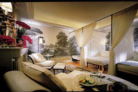 Momentos de puro placer en el Four Seasons del hotel Georges V de París