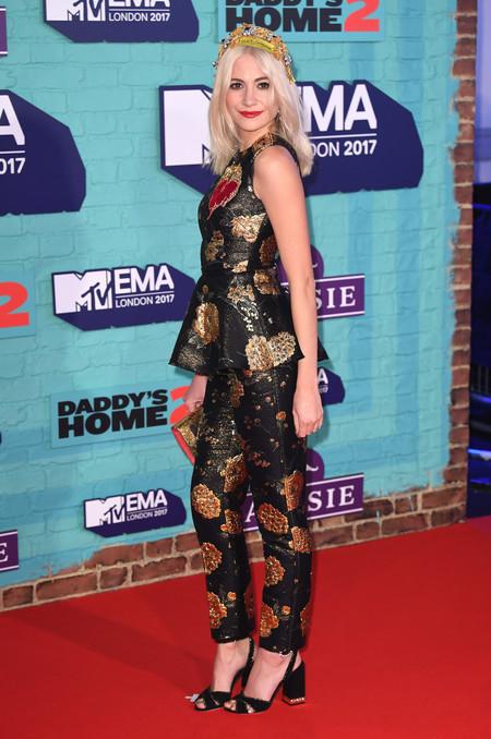 mtv ema 2017 look celebrity pixie lott