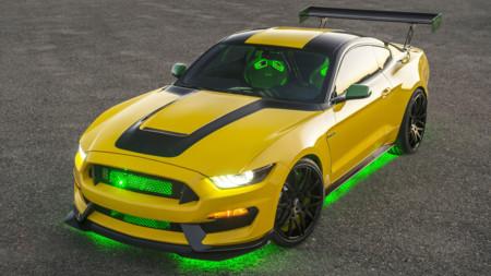 Posiblemente este es el Ford Mustang más feo que hayas visto, pero tiene buenas intenciones