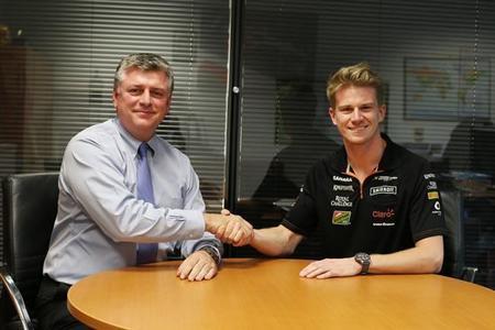 Nico Hülkenberg renueva con Force India