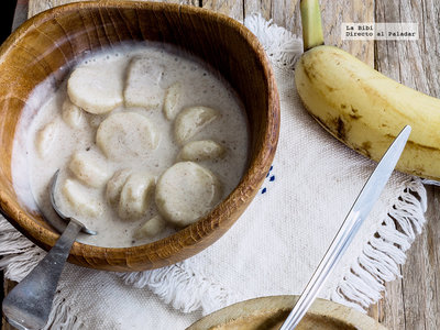 Cómo hacer unos clásicos plátanos con crema y canela