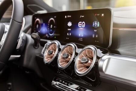 Mercedes Benz Eqb 2021 020