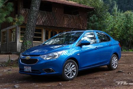 Manejamos el Chevrolet Aveo 2018, el superventas de GM se pone al día desde China
