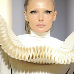Foto 25 de 28 de la galería gareth-pugh-en-la-semana-de-la-moda-de-paris-primavera-verano-2009 en Trendencias