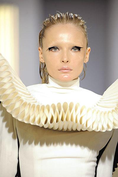 Foto de Gareth Pugh en la Semana de la Moda de París Primavera-Verano 2009 (25/28)