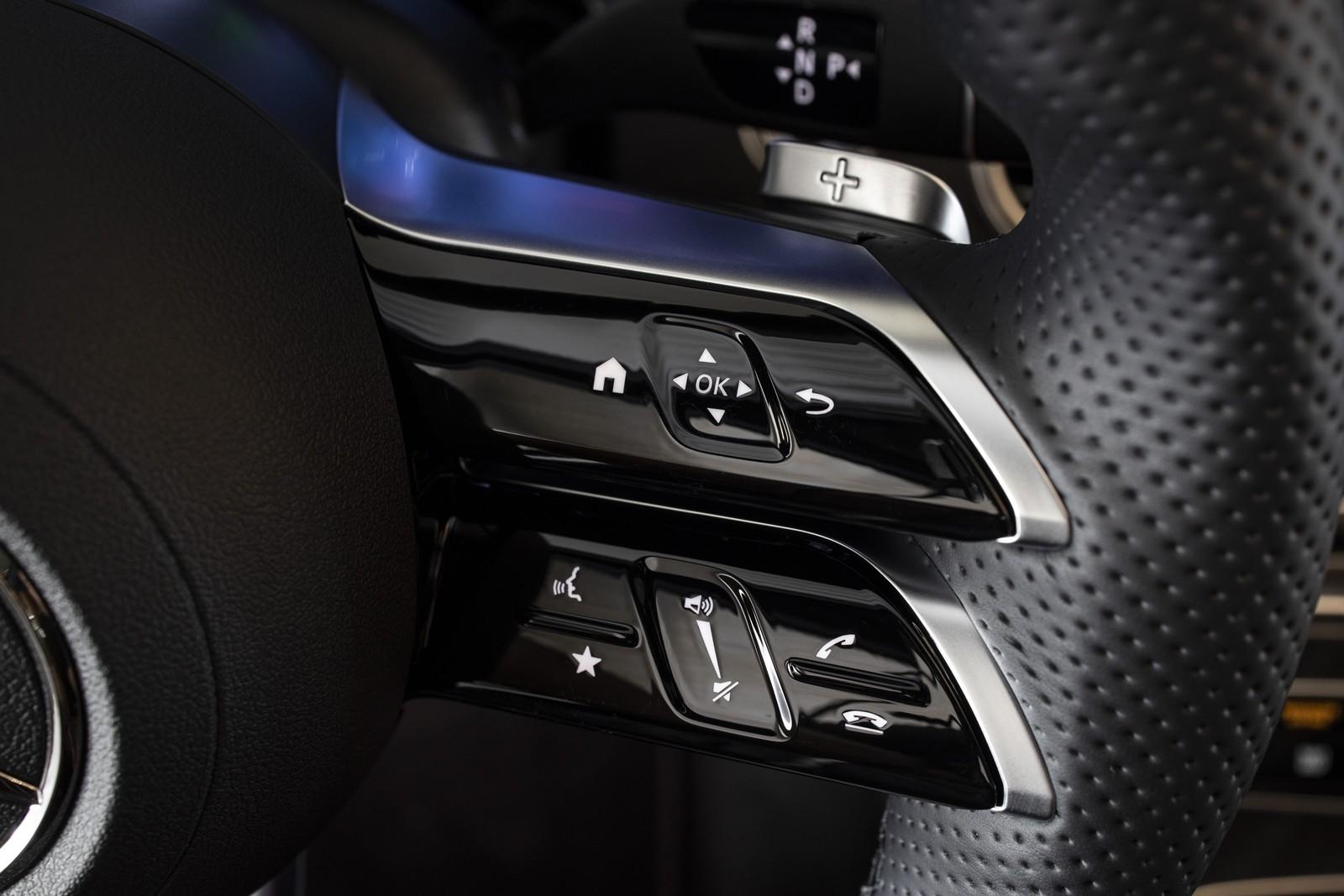 Foto de Mercedes-Benz Clase E 2020, prueba contacto (17/135)