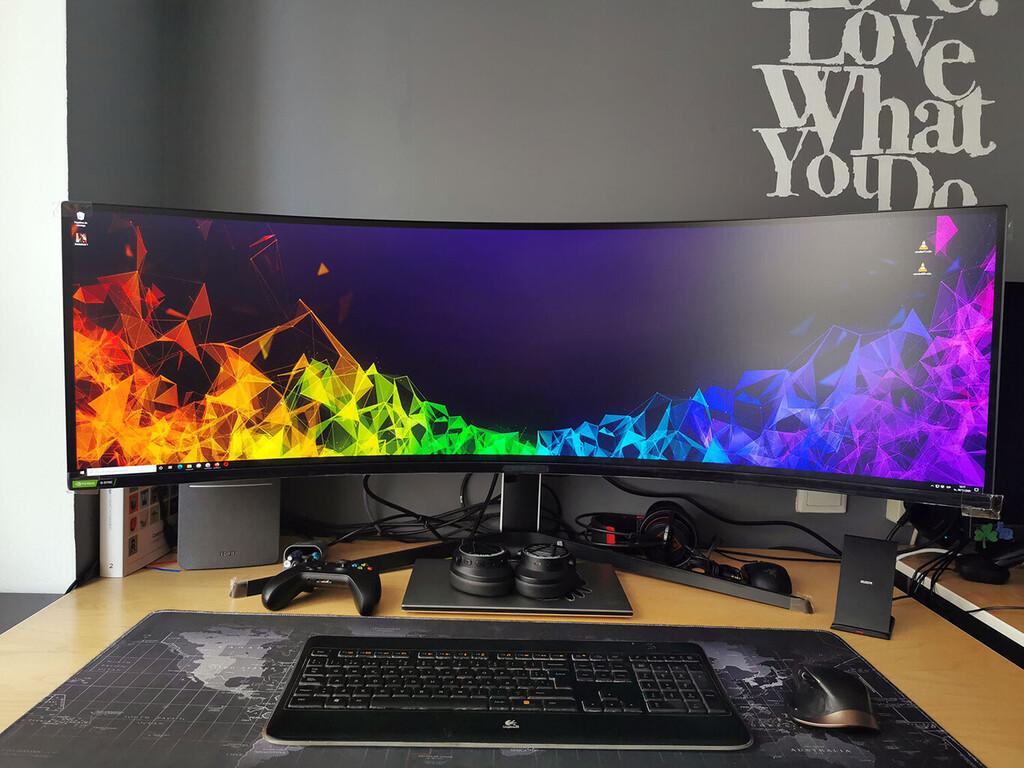 Samsung está preparando una nueva versión de su monitor Odyssey G9 con panel MiniLED y un brillo de 2000 nits en pantalla