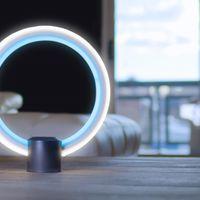 Esta curiosa lámpara LED puede ser controlada con la voz gracias a Alexa
