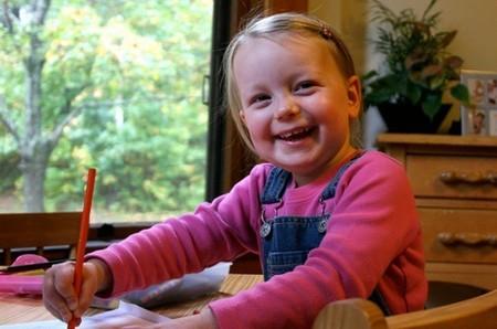 """""""Muchos niños solo muestran TDAH en la escuela."""" Entrevista a la psicóloga Cristina Silvente"""