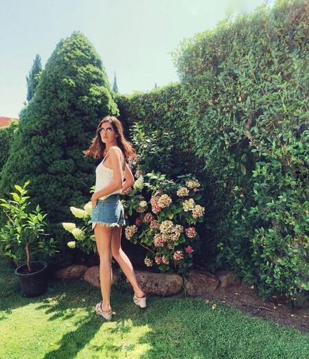 Sara Carbonero tiene el top de crochet ideal para verano y al que más partido ha sacado