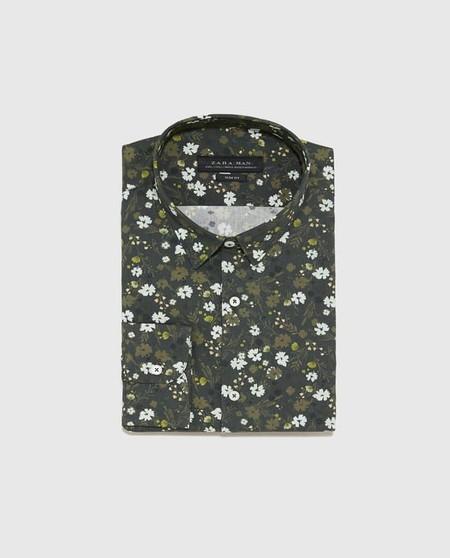 Camisas Florales Que Puedes Encontrar En Zara Para Adentrarnos Al Cliche De La Pimavera