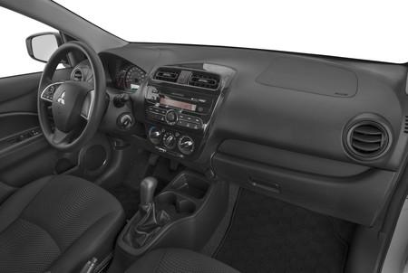 Mitsubishi Mirage G4 Interior