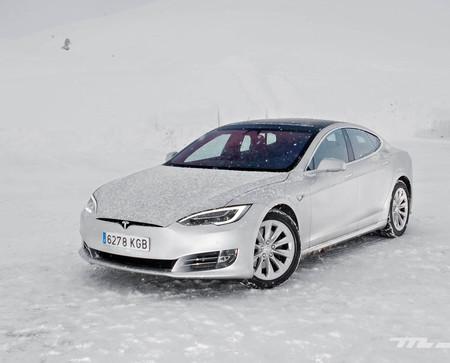Tesla Model S 100D contacto