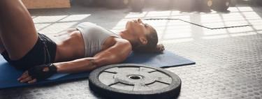 Una rutina de entrenamiento rápida en el gimnasio para bajar de peso