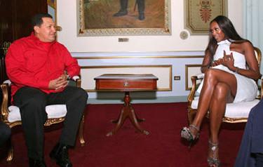 """Naomi Campbell entrevista a Hugo Chávez: """"Fidel es el líder más estiloso del mundo"""""""