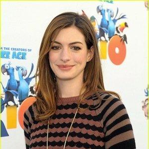 El look más desenfadado de Anne Hathaway