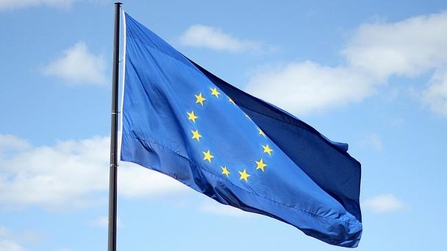 La UE pone fecha límite para el fin del roaming