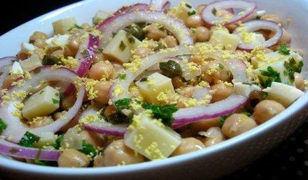 Cocina ligera en verano: ensalada de garbanzos