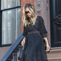 Como siempre, lo mejor del estilismo de Sarah Jessica Parker está en los pies