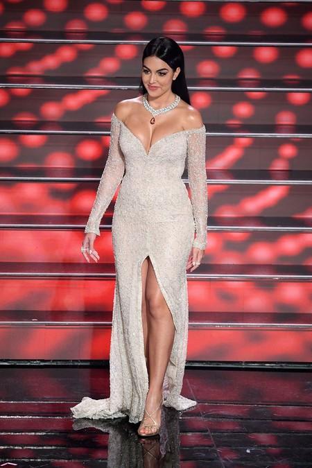 Georgina Rodriguez Sanremo 2020 Pronovias