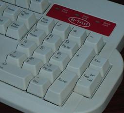 R-TAB, teclado con el TAB a la derecha