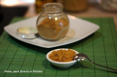 Cómo hacer polvos de curry en casa