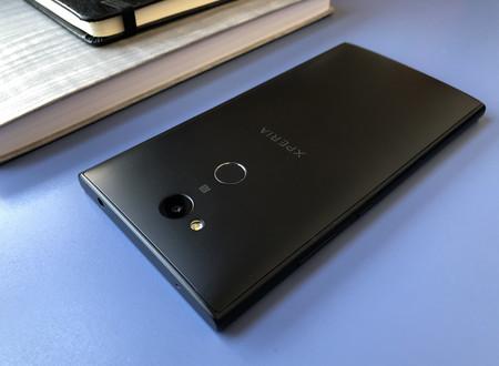 Sony Xperia L2 Trasera 02