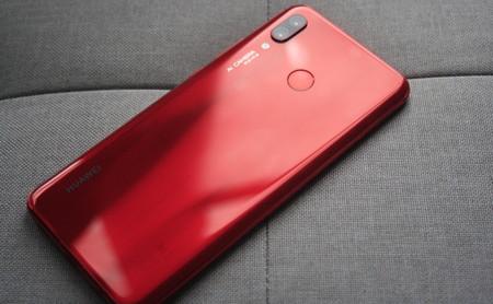 Huawei Nova 3, primeras impresiones: el P10 Selfie y el P20 se casaron y este es el resultado