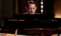 'Grand Piano', pequeño suspense