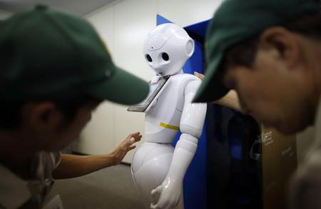 Llega el ransomware para Robots: o pagas Bitcoins o tu robot mostrará porno a tus clientes