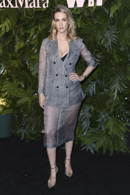 max mara vanity fair red carpet January Jones