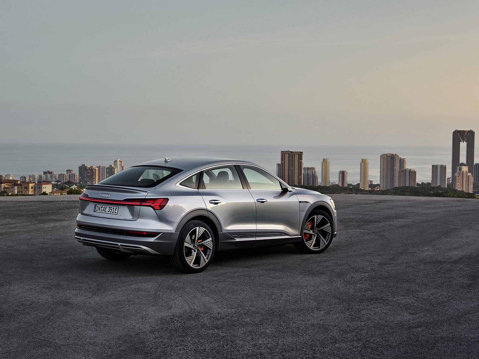 Foto de Audi e-tron Sportback (34/57)