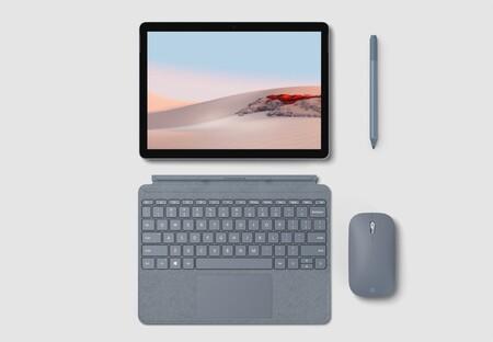 Si eres estudiante y tienes Prime Student, puedes comprar el ligerísimo Microsoft Surface Go 2 en Amazon rozando los 500 euros