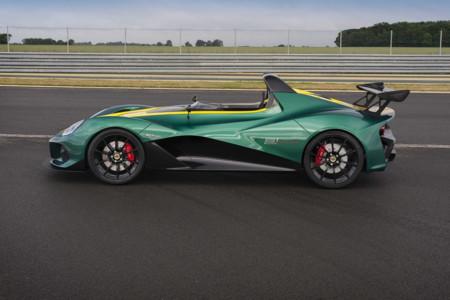 Lotus 3 Eleven 4